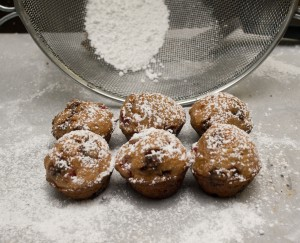 cinnamon cherry mini muffins